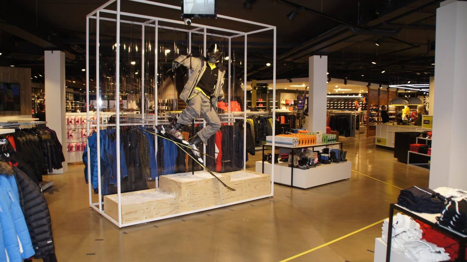 Van Tilburg Mode Tassen : Verbouwing van tilburg mode en sport te nistelrode